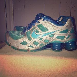 Nike Shoes - Nike Shox Turbo