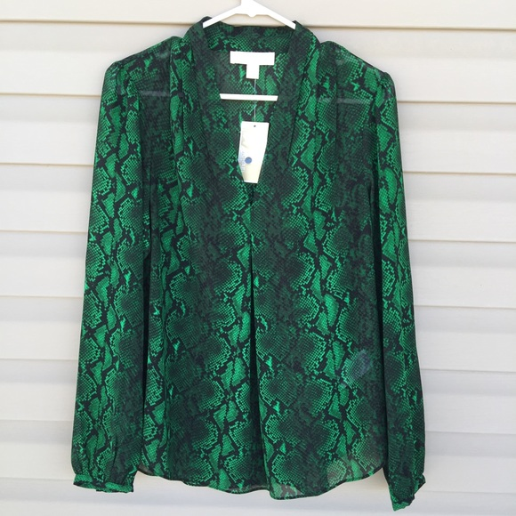 a12f7261976f4 🏖B2G1 FREE 🏖Michael Kors green python Blouse