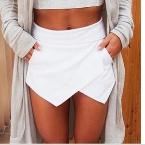 Haute Ellie Pants - 🆕 White Asymmetrical Skort