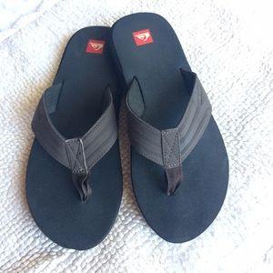 Quiksilver Other - Men's Quicksilver slippers