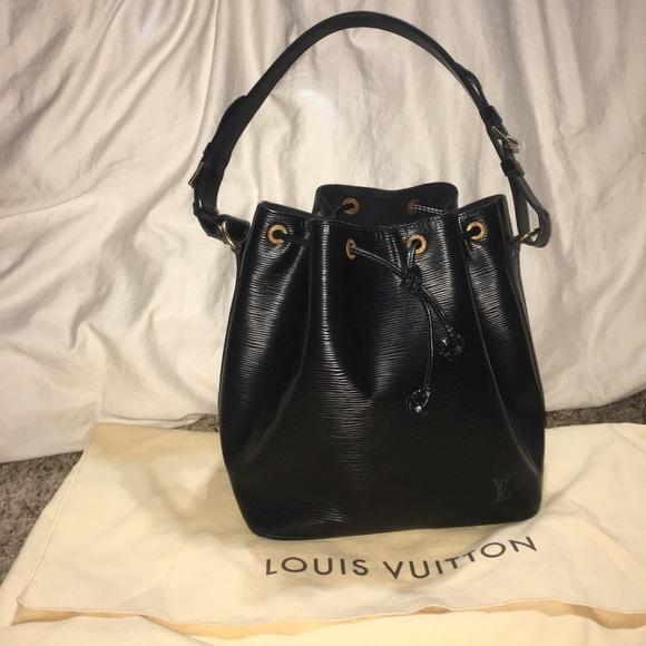 a805aecc4c3d Louis Vuitton Handbags - 💕Louis Vuitton epi leather petit noe