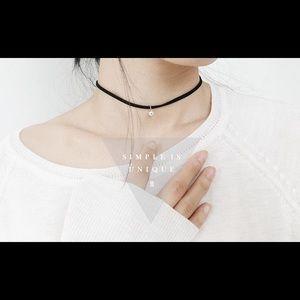 17Basics Jewelry - ❗LAST ONE❗17Basics MICO Crystal choker