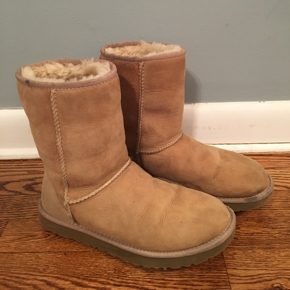 ugg women 39 s sand ugg australia classic short boots from sarah 39 s closet on poshmark. Black Bedroom Furniture Sets. Home Design Ideas