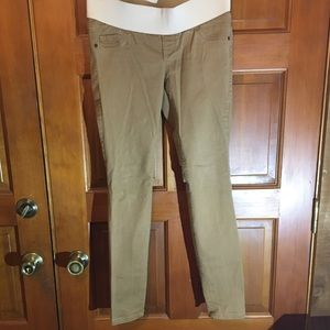 Old Navy Pants - Old Navy super skinny low rise Maternity pants