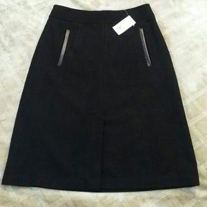 Banana Republic Dresses & Skirts - Banana Republic skirt, NWT