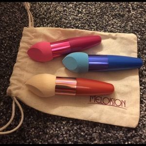 boutique Other - 3 brand New make up blender brushes