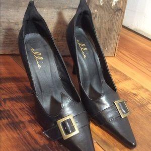 ellie Shoes - Ellie Vintage-looking Heels