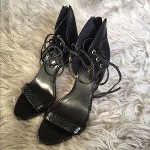 Bebe Black Strappy Sandals Shoes Heels 6