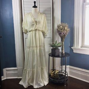 Dresses & Skirts - Ivory Handmade Vintage Dress