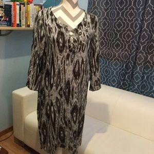 Velvet Dresses & Skirts - Beautiful Laced Neck Dress 🎩🎩🎩🎩🎩🎩🎩🎩🎩🎩