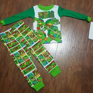 Nickelodeon Other - Boys NINJA TURTLES Pajama Set NEW!