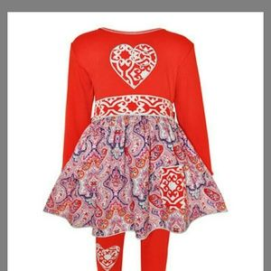 Ann Loren Other - KIDS Sweetheart A-line top with leggings