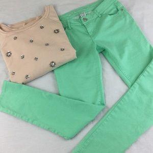 Celebrity Pink Pants - Light green skinny stretchy pants