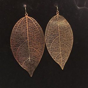 Claire's Jewelry - LEAF EARRINGS LOT