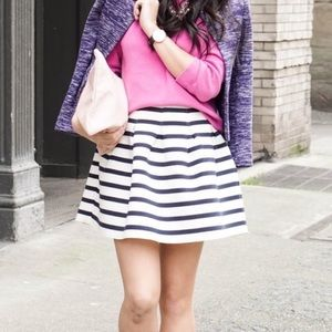 GAP Dresses & Skirts - NWT GAP Pleated Navy and Cream Skirt