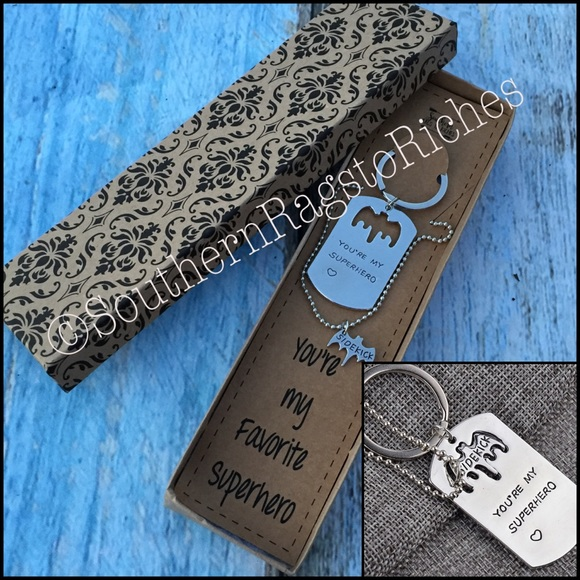 70% off Jewelry - Superhero Sidekick Necklace Keychain Two Piece Set from Tiffany's closet on Poshmark Superhero Sidekick Necklace Keychain Two Piece Set - 웹