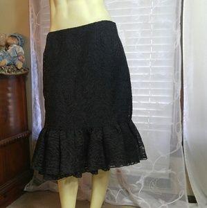 Oscar de la Renta Dresses & Skirts - OSCAR DE LA RENTA Lace midi skirt