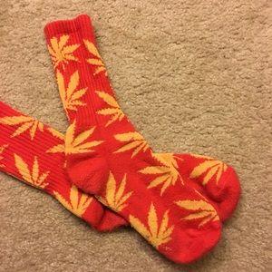 PRE-LOVED Huf plantlife socks