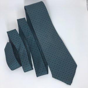 Van Heusen Other - Green 100% Silk Tie