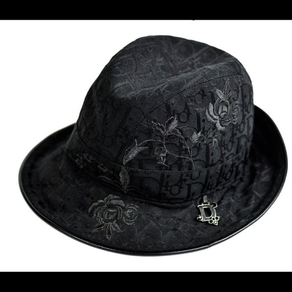 AUTHENTIC Dior hat NEW WITH TAGS 295695e1702