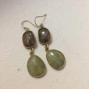 Jewelry - sapphire earrings in gold