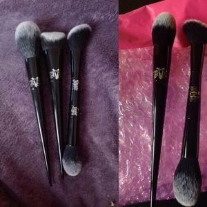 Kat Von D Other - 3 Kat Von D Makeup brushes