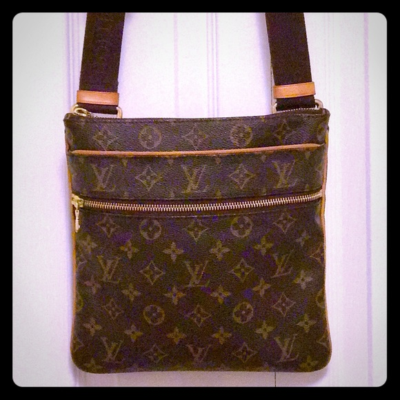 Handbags - Louis Vuitton Valmy Pochette Bosphore Monogram Bag 5921620f63b42