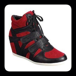 Reneeze Shoes - Black/Red Wedge Sneakers