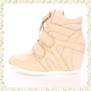 Reneeze Shoes - Beige wedge Sneakers