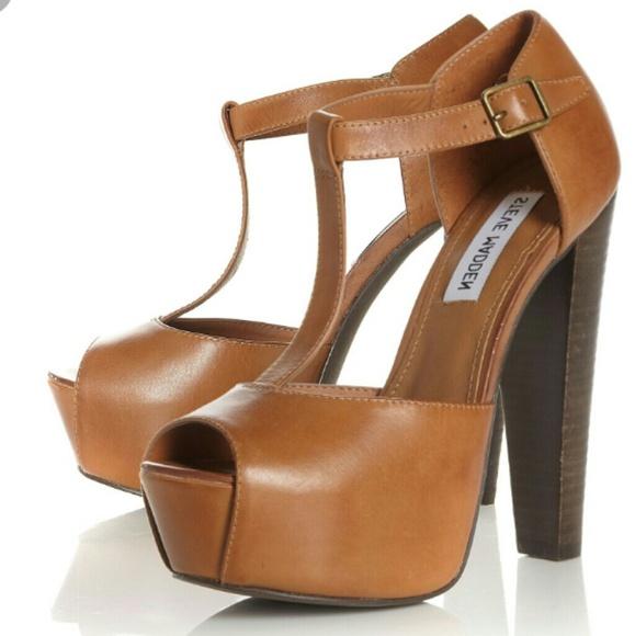 4503cb7a6330 Steve Madden Wooden 70 s Heels