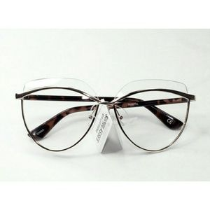 Accessories - Retro clear Cat-eye glasses