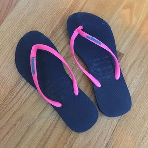 Havaianas Shoes - Navy and pink havaianas