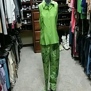Liz Claiborne Other - Silk pant/shirt set