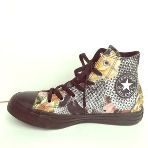 New Converse Digital Floral Hi top