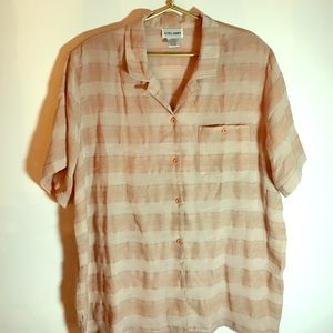 Sheer short sleeved blouse. Size 20W