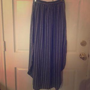 Faithfull the Brand Dresses & Skirts - Faithful the bran midi skirt size medium