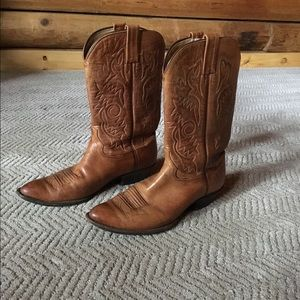 Shoes - Women's western boots