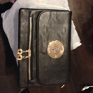 Mulberry Handbags - Mulberry crossbody clutch