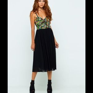Motel Rocks Dresses & Skirts - MOTEL Sequin Wild One Black Sequin Maxi Dress XS