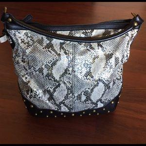 Jessica Simpson Handbags - Jessica Simpson Faux Python Hobo tote. Gorgeous ❤️