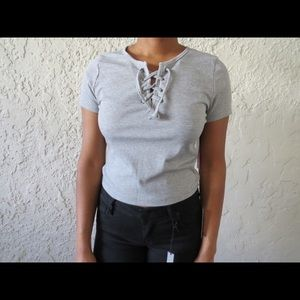 ☀ Lace up crop top tee