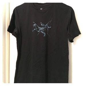 Arc'teryx Tops - Arc'teryx cotton tshirt