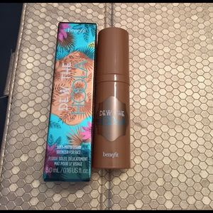 Benefit Other - NWT benefit dew the hoola bronzer