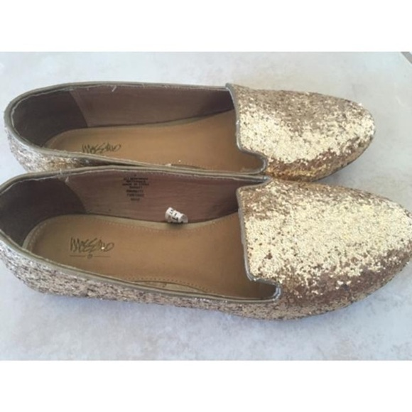 Mossimo Supply Gold Sequin Flats size 7