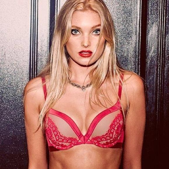 b2b5da821a56b Victoria s Secret very sexy lace push up bra 34D