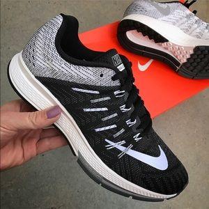 Nike Shoes - NWB 👣 WOMENS NIKE ZOOM ELITE