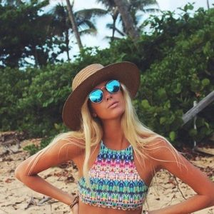 Blue mirrored lens round retro sunnies
