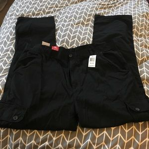Other - Men's 42x32 black pants- new!