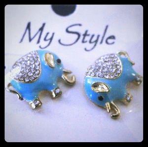 NWT Turquoise Gold Rhinestone Elephant Earrings