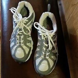 Nike Trail Running Max Air Sneakers  Sz 9